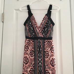 Gorgeous Bebe Maxi dress 👗